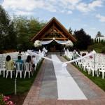 Wedding Log House Garden 2 9.12