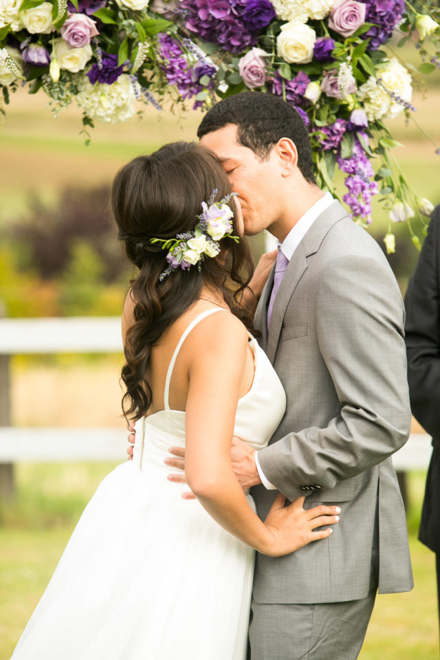 Menghan & Kelsey kiss on their wedding day