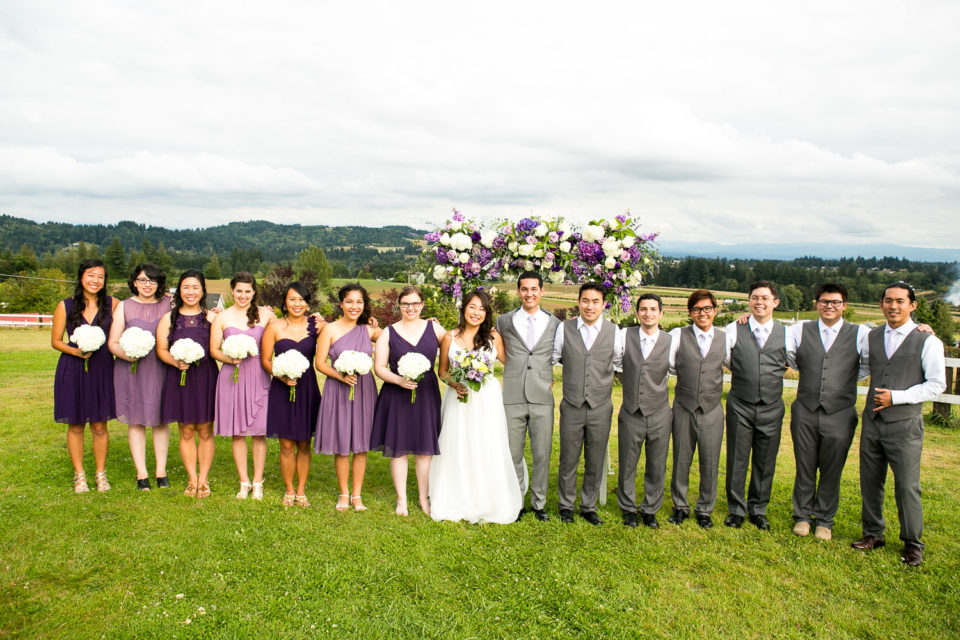 Menghan & Kelsey with their bridesmaids and groomsmen